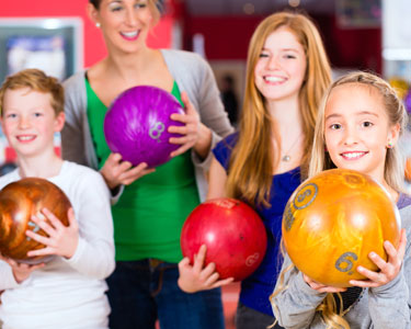 Kids Tampa: Bowling Parties - Fun 4 Tampa Kids